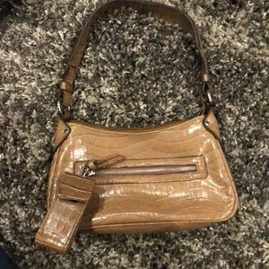 Purse khaki in color